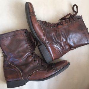 "steve madden ""troopa"" boots"